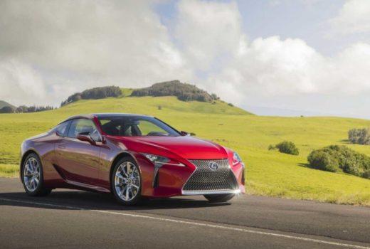 Обновленное купе Lexus LC500 представил автопроизводитель